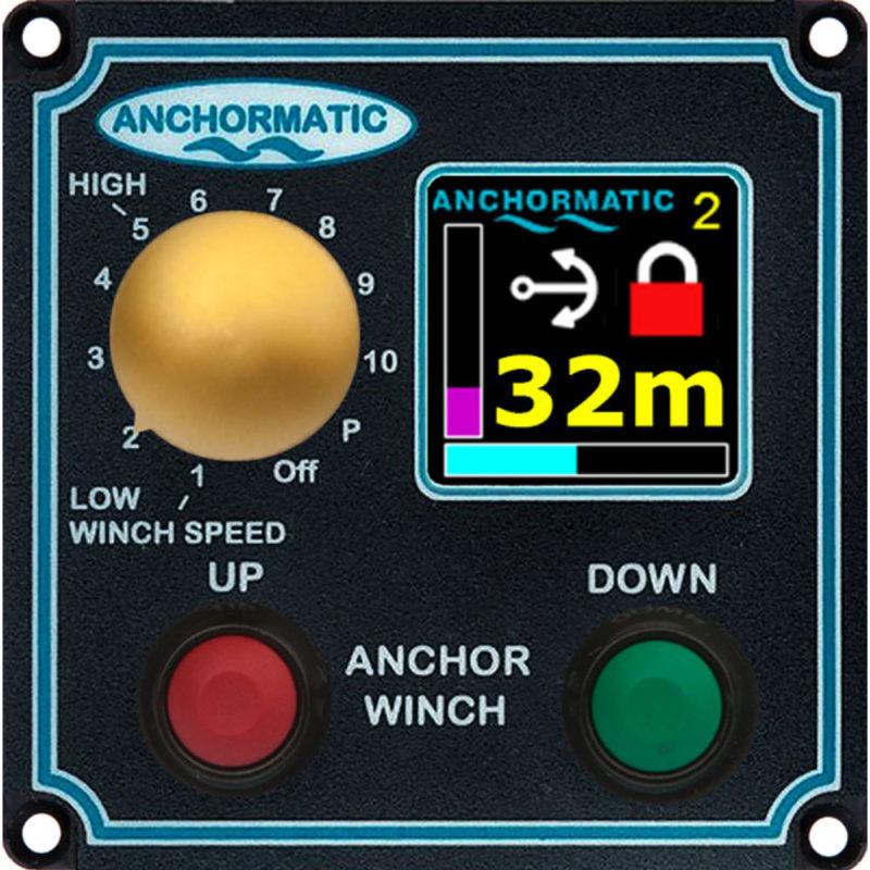 Manöverpanel multidisplay för 12 Volt. Manöverpanelen ger dig den information du behöver.