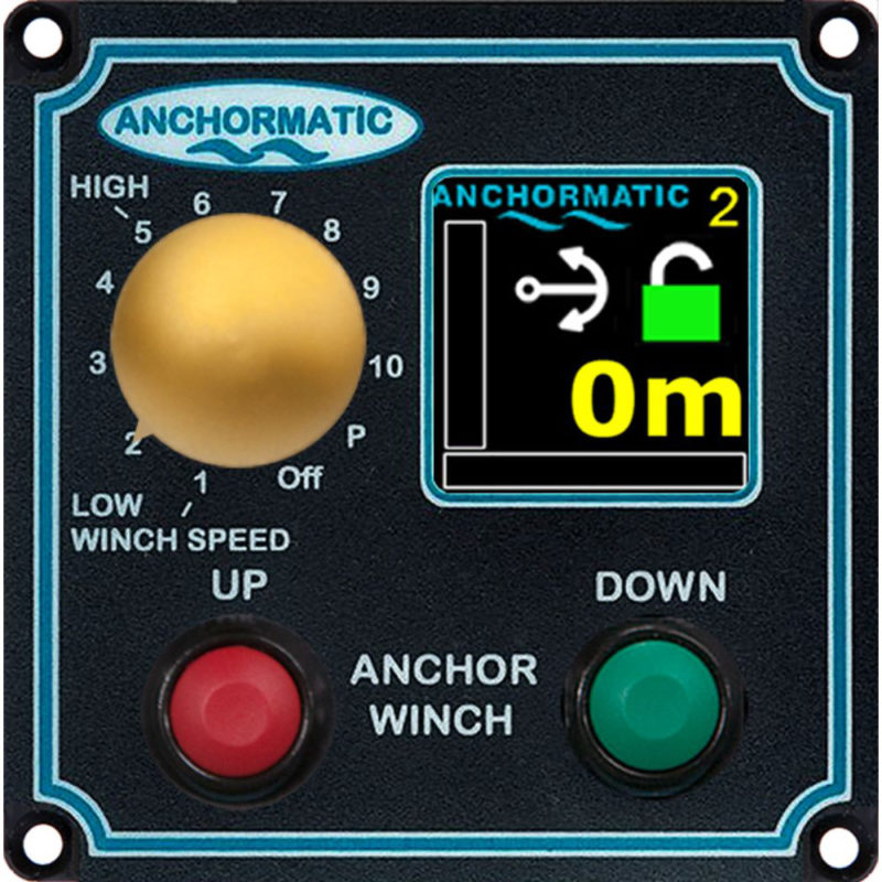 Manöverpanel multidisplay för 24 Volt. Manöverpanelen ger dig den information du behöver.